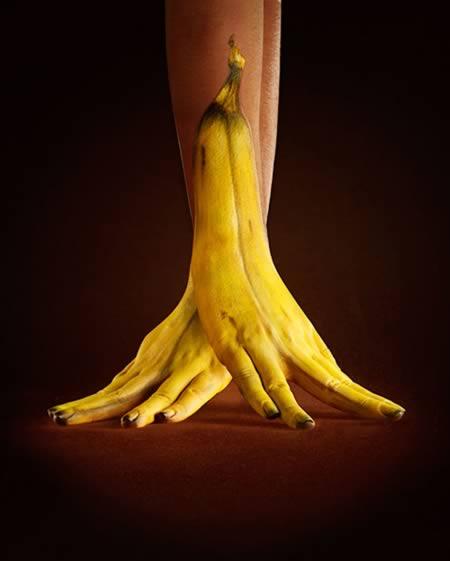 a98516_3d-body-art_5-banana